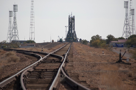 Kazakhstan: Space-Launch Tourism Not Blasting Off as Promised
