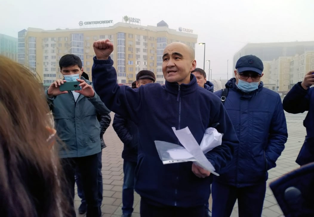 Fugitive kleptocrat supports protest in Kazakhstan