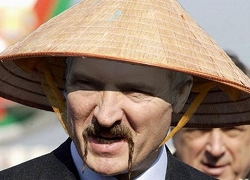 China buys Lukashenka from Putin