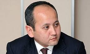 Ablyazov, now free to travel, goes on counter-attack